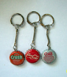 Make your own keychain from bottle caps for Father's Day