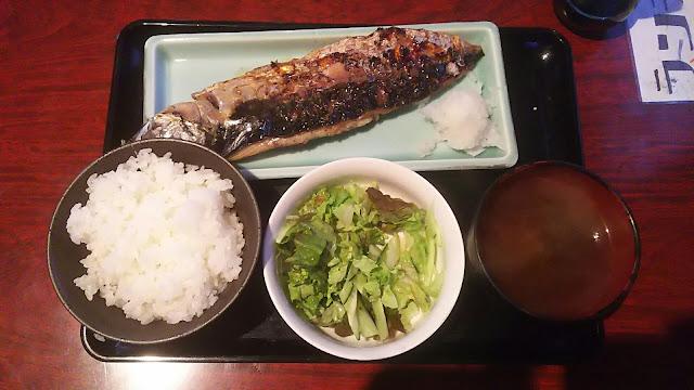 東新宿「まんま」銚子漁師の塩鯖炭焼定食