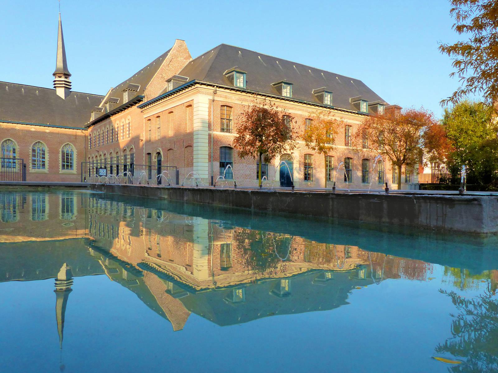 Photo Hospice d'Havré, Tourcoing - Jardin et bassin