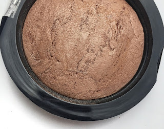 makeup-revolution-blush-baked-bronze