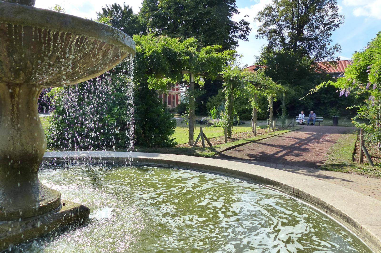 Tourcoing, Jardin botanique - Fontaine