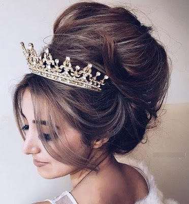 The Regal Bridal Top Bun