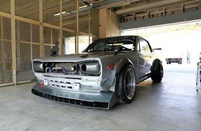 Nissan GT-R Skyline Hakosuka Auto Service Kishimoto Front Left
