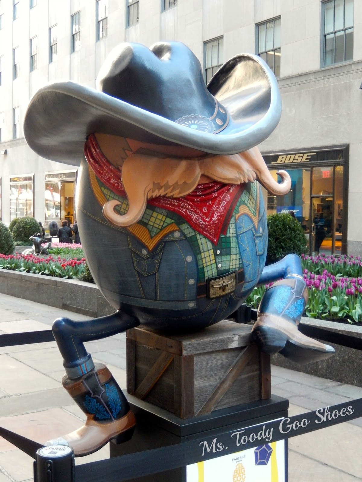 "Faberge ""Big Egg Hunt""  NYC --- Ms. Toody Goo Shoes"