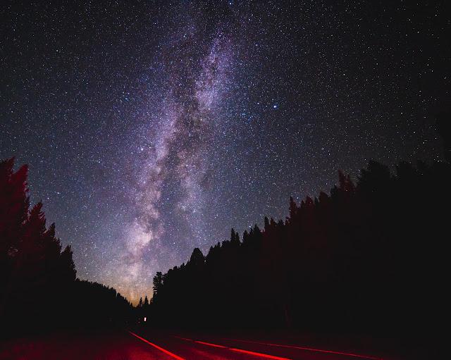 Дорога в Єллоустонський національний парк (США)