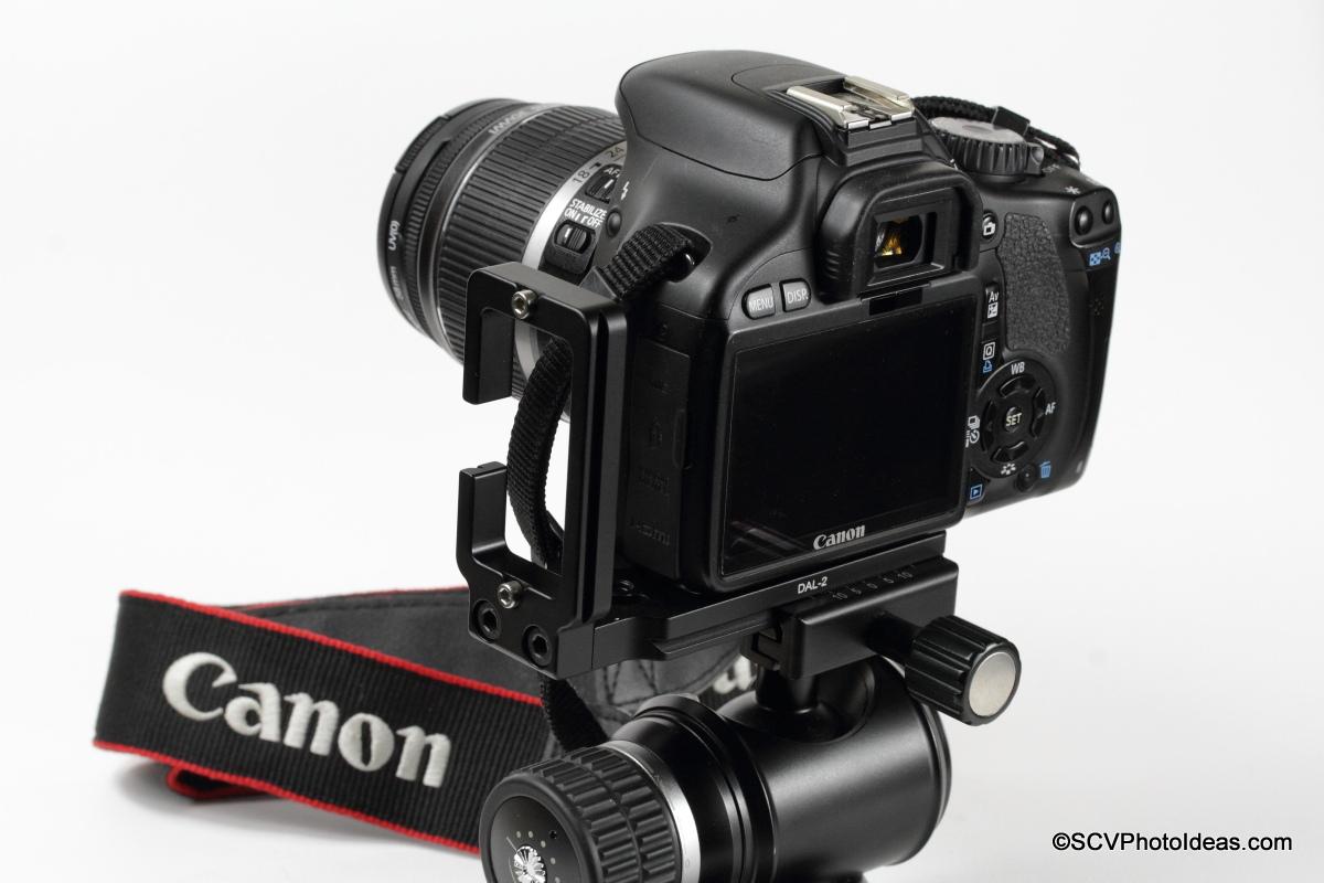 Desmond DAL-02 Universal L-Bracket on Canon EOS 550D / Rebel T2i