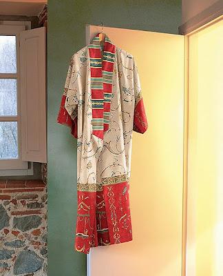 Oplontis Bassetti Granfoulard. Kimono