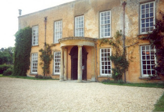 Luckington Court - Longbourn Photo © Paul Ashwin