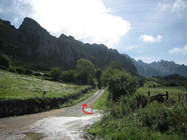 Rutas Montaña Asturias: Inicio de ruta al Canto Cabronero