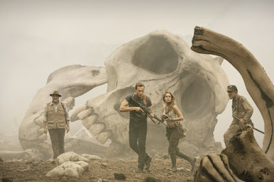 Tom Hiddleston, Brie Larson, John C. Reilly and John Goodman in Kong: Skull Island (32)
