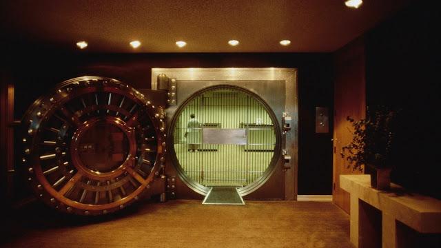 قراصنة يسرقون 81 مليون دولار من أحد البنوك