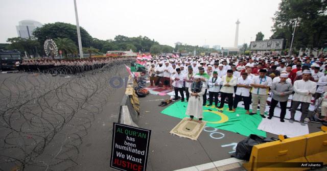 Waspada Alumni 212 Dimanfaatkan Jokowi