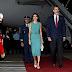 Los reyes de España llegaron para su primera visita de Estado al país: tuvieron que esperar casi una hora porque no había una escalera alta