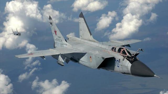 Cazas de la OTAN persiguen 3 aviones militares rusos en el Báltico