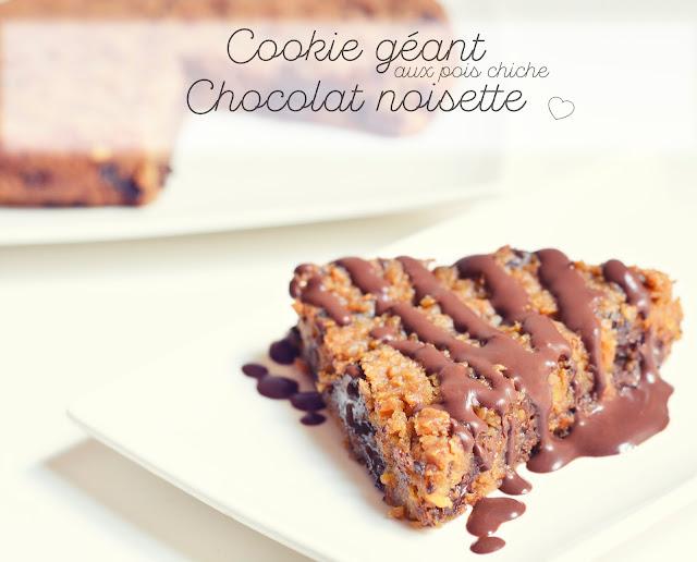 Cookie géant noisette, chocolat et... pois chiche (vegan, sans farine)