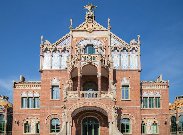Hospital de Sant Pau Barcelona facade
