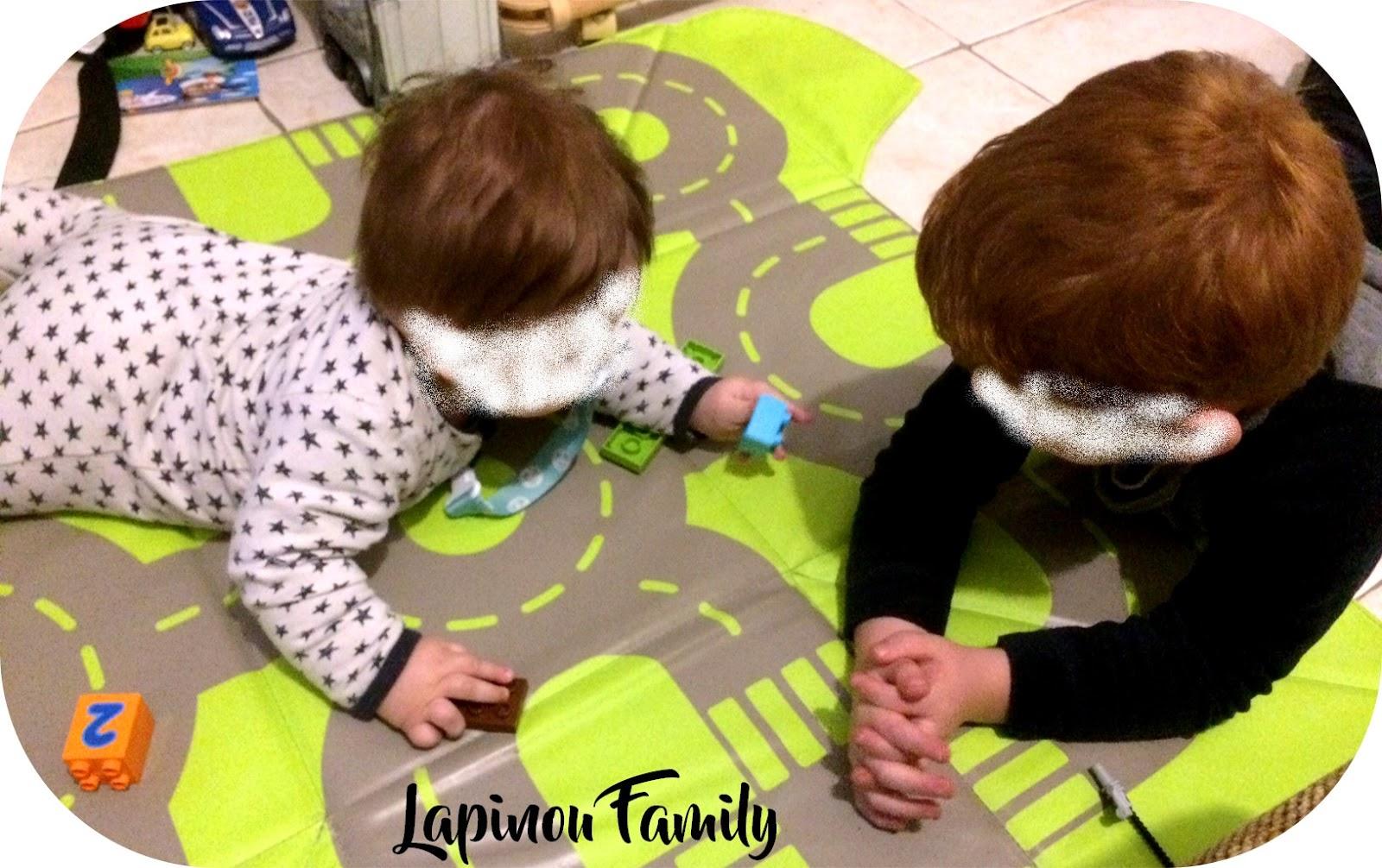 En Route Vers L Aventure Avec Le Tapis Coffre Wesco Lapinou Family