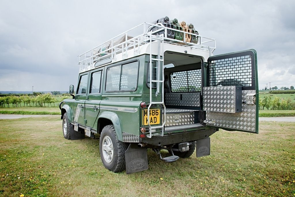 Landrover Defender Land Rover Defender 110 300tdi Csw