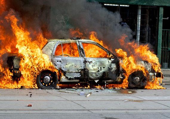Car catches fire on hospital premises in Dubai; patients, newborns evacuated
