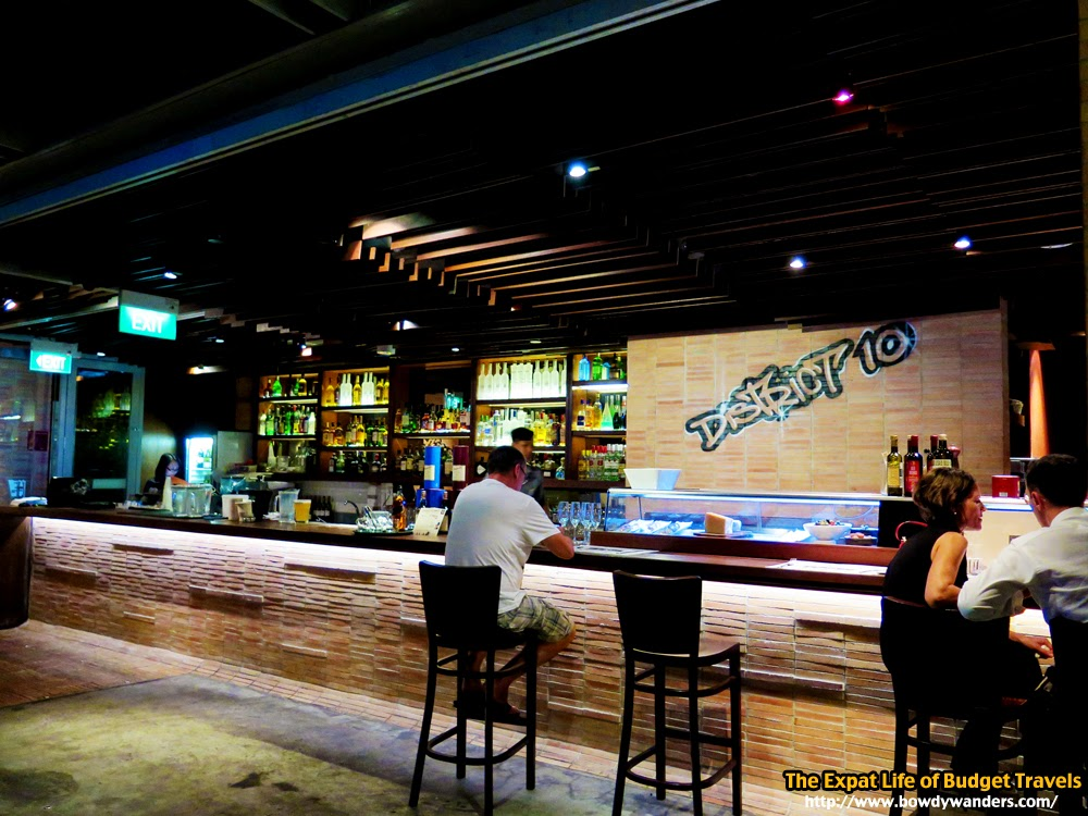 bowdywanders.com Singapore Travel Blog Philippines Photo :: Singapore :: Strangely Likeable Singapore Night Out Places Right Now