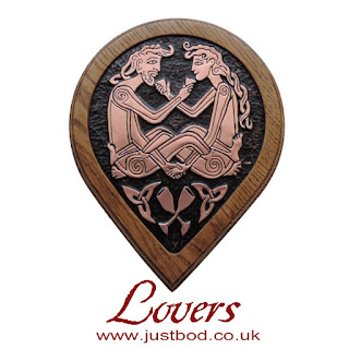 Celtic lovers wall plaque in copper & oak