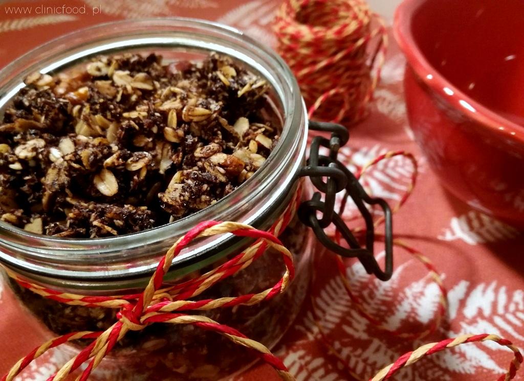Domowa granola czekoladowa