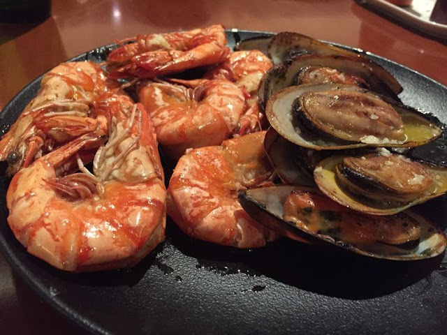 Grilled seafood at Circles Event Cafe