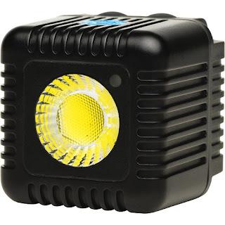 Мобильный осветительный прибор Lume Cube