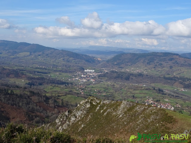 Senda del Chorrón y Foz del Río Valle: Infiesto desde Cerro el Tombu