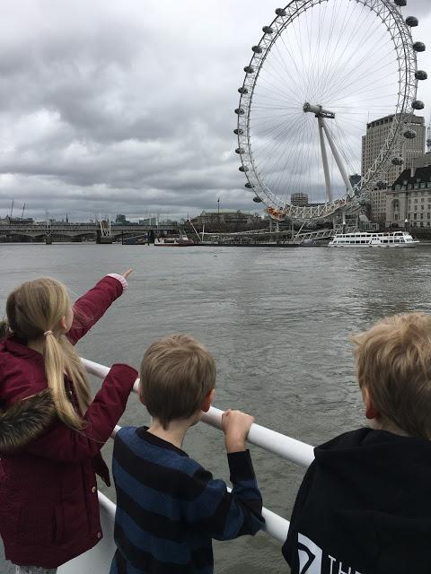 Thames boat ride, London Eye view