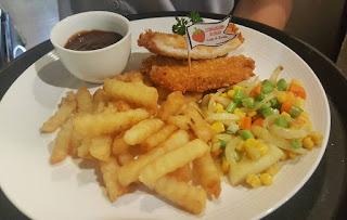Cafe Cirebon, Resto Cirebon, Strawberry Delight, Cafe Resto Cirebon