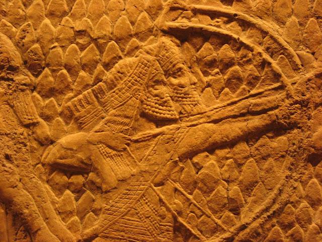 Arqueiros assírios: relevo permite imaginar os soldados de Senaquerib.