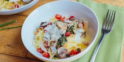 Spaghetti Squash with Tomatoes and Mushrooms