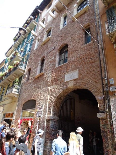 Casa de Julieta Entrada Verona Italiana