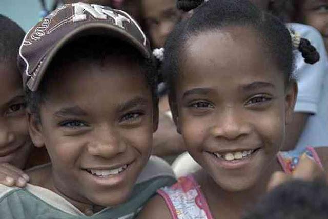 Мистический остров Салинас, где девочки превращаются в мальчиков