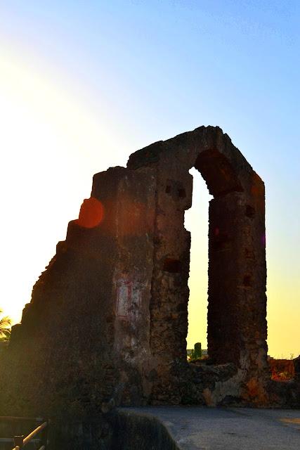 Fort Daman Gujarat Travel Tourism Guide old town church beautiful