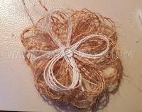 fiore con fili fai da te