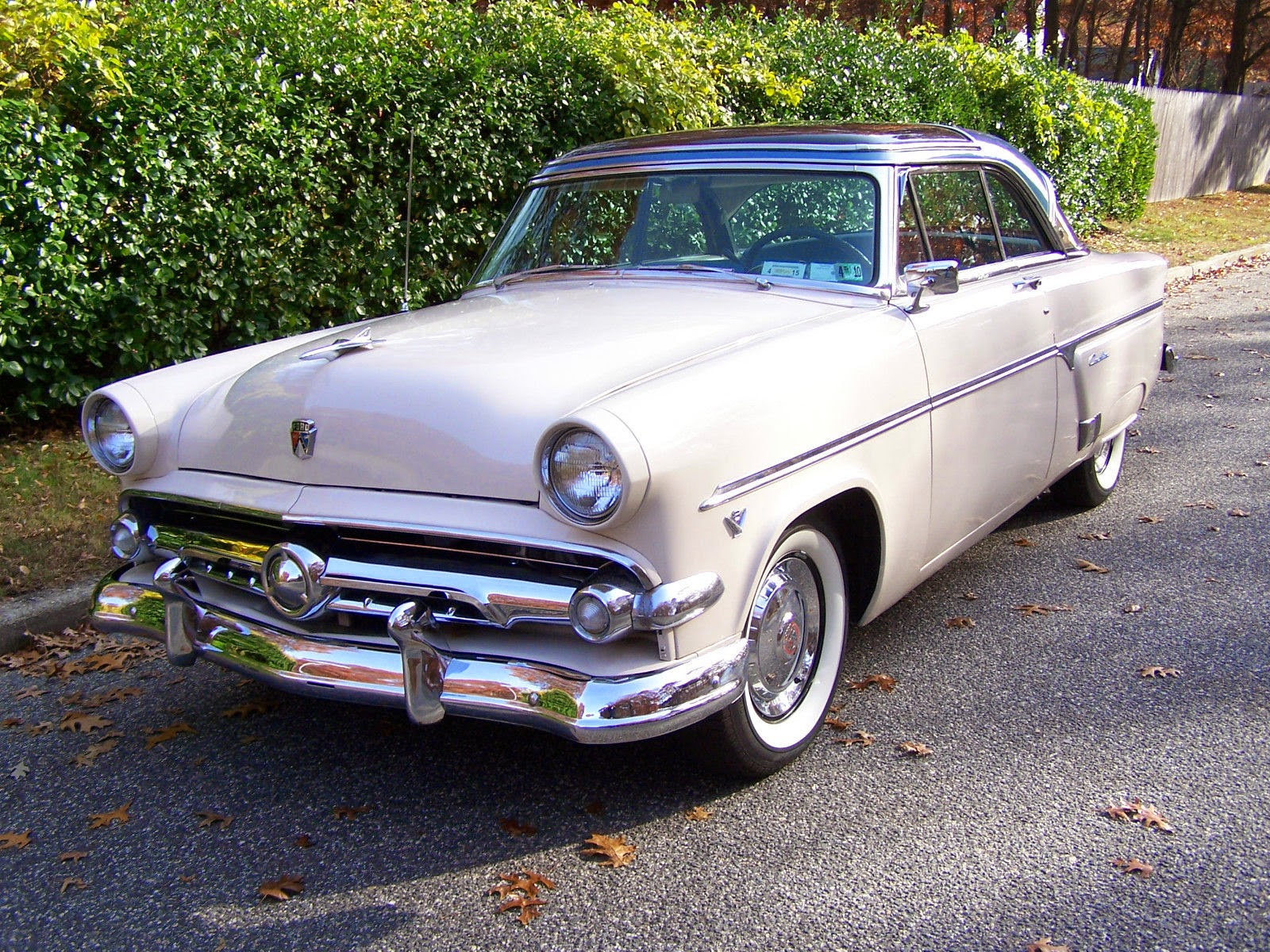 Cadillac Convertible 2015 >> All American Classic Cars: 1954 Ford Crestline Skyliner 2-Door Hardtop