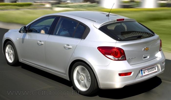 Novos carros Chevrolet 2012 - S10, Sonic, Cruze Hatch, Cobalt 1.8 Automático e Trailblazer | CAR ...