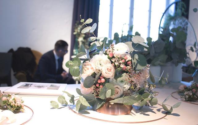 Fleuriste mariage Lyon, bouquet de mariée pastel avec eucalyptus, salon du mariage l'amour l'amour la mode