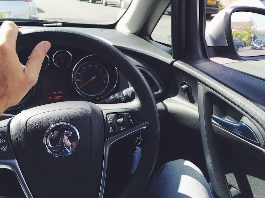 Consejos para conducir por la izquierda