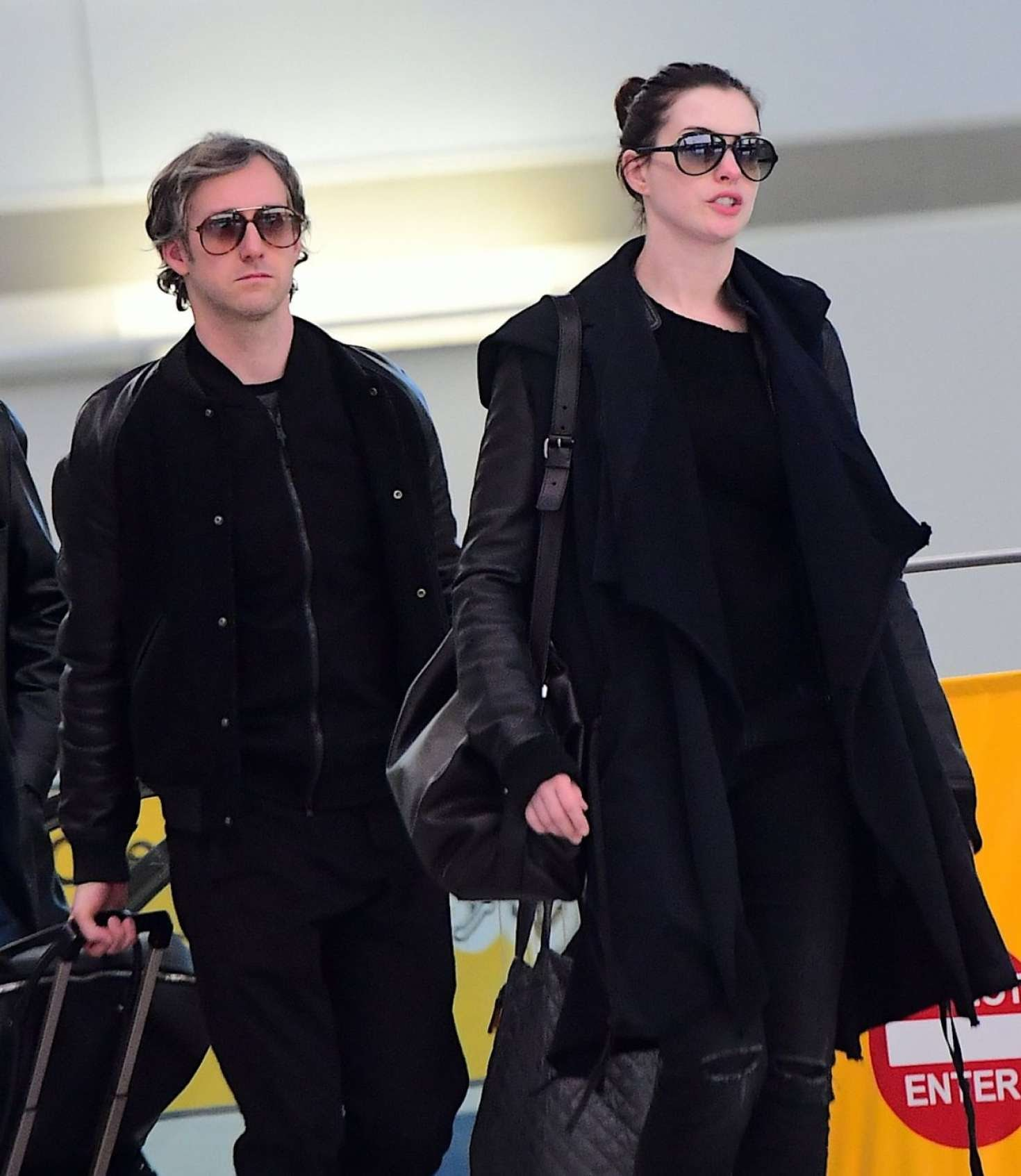 Anne Hathaway came for shooting of the Oceans 8