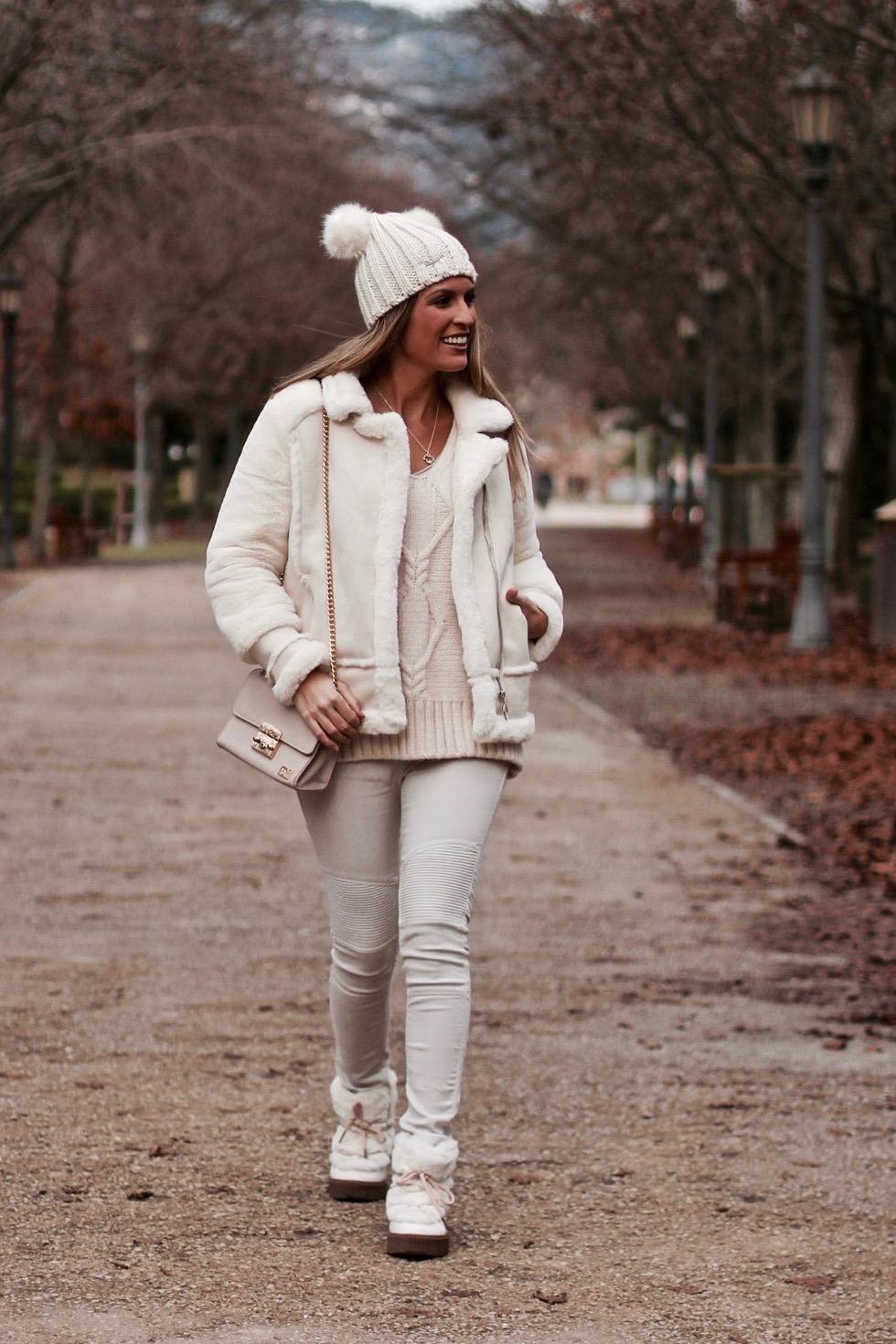 total look beige en invierno