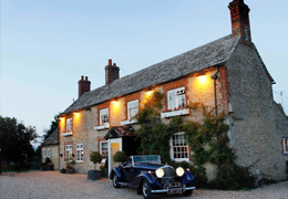 Exploring local drinks from Cotswolds hotels