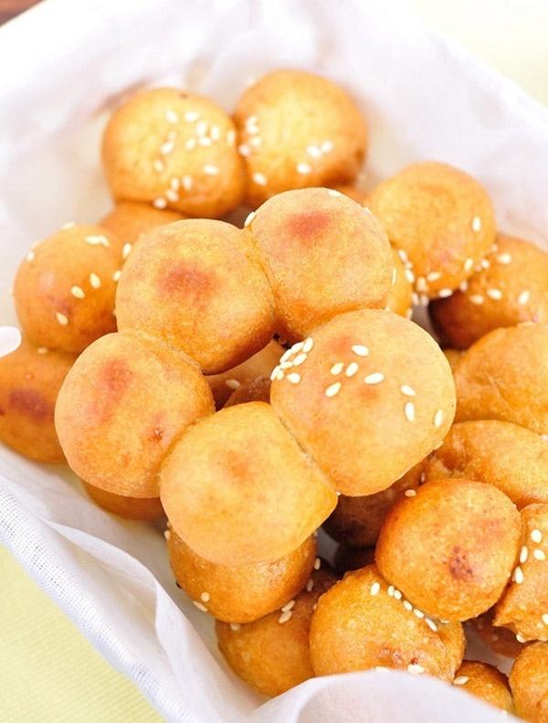 Bánh rán nhân dừa caramen