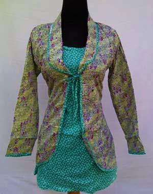 Model Baju Batik Kerja Kantor Untuk Wanita Modern Dan Terbaru