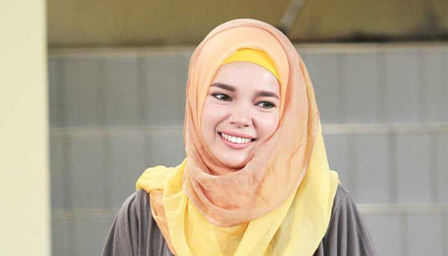 Tak Kunjung Dikaruniai Seorang Anak, Jawaban Dewi Sandra Membuat Mertuanya Terharu