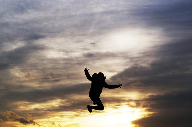 sprong zonsondergang