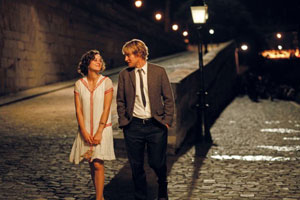 Marion Cotillard y Owen Wilson en Midnight in Paris