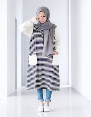 model fashion hijab casual